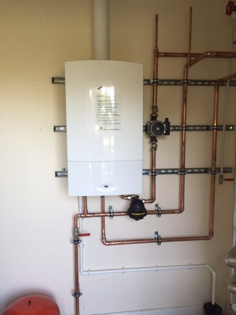 Advantages of combination boilers - Charter Heating